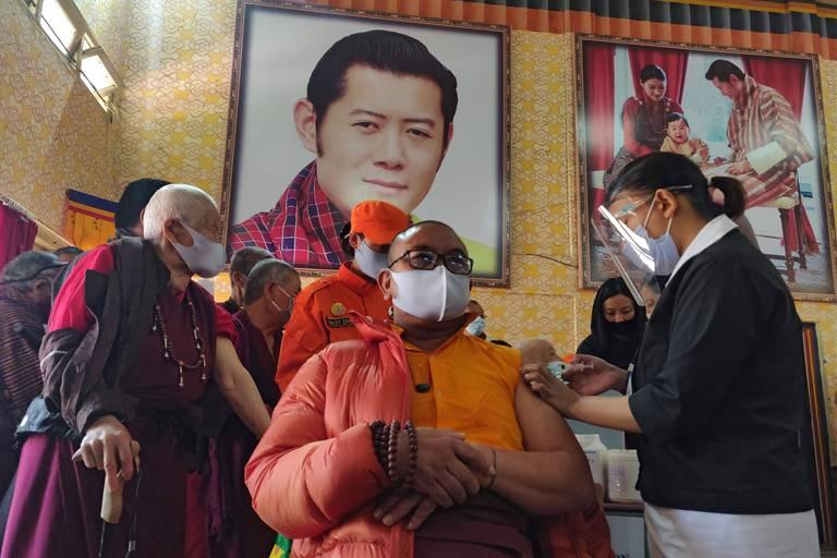 Le Bhoutan, un royaume vacciné en un temps record