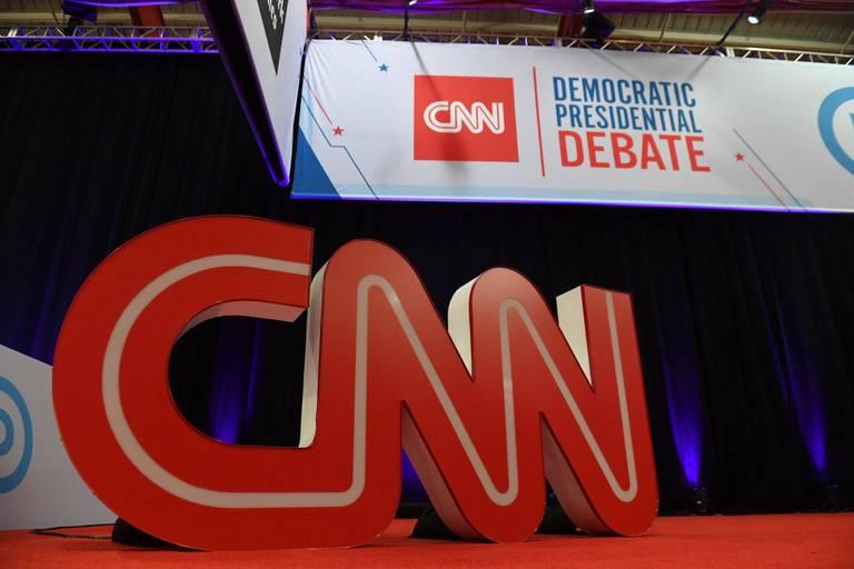 CNN licencie trois employés qui refusaient de se faire vacciner