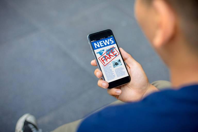 """Une série d'études scientifiques bidons encourage la désinformation sur les réseaux sociaux : """"Les dommages sont irrévocables"""""""