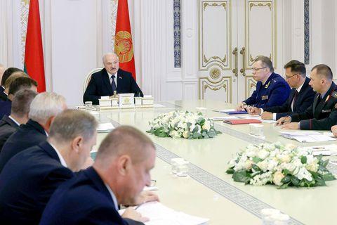 """En Biélorussie, Alexandre Loukachenko purge la société civile: """"Le degré d'arbitraire est tel que cela crée un sentiment d'angoisse"""""""