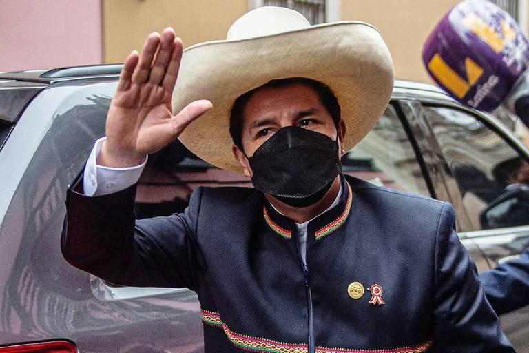 Pedro Castillo, le petit instituteur, est devenu le président péruvien