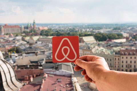 Airbnb reçoit 300 000 euros d'amende pour défaut d'information au consommateur