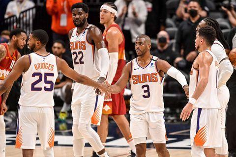Play-offs NBA: Phoenix en finale de conférence Ouest, Milwaukee égalise face à Brooklyn à l'Est
