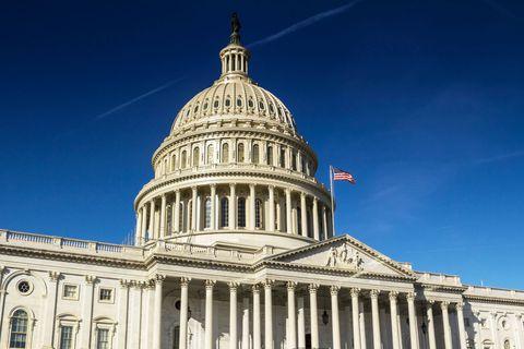 Une alliance entre démocrates et républicains a été scellée au Sénat, malgré les menaces de Donald Trump.
