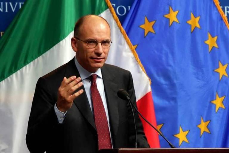 Nouvelle crise en Italie: Letta en appelle au Parlement