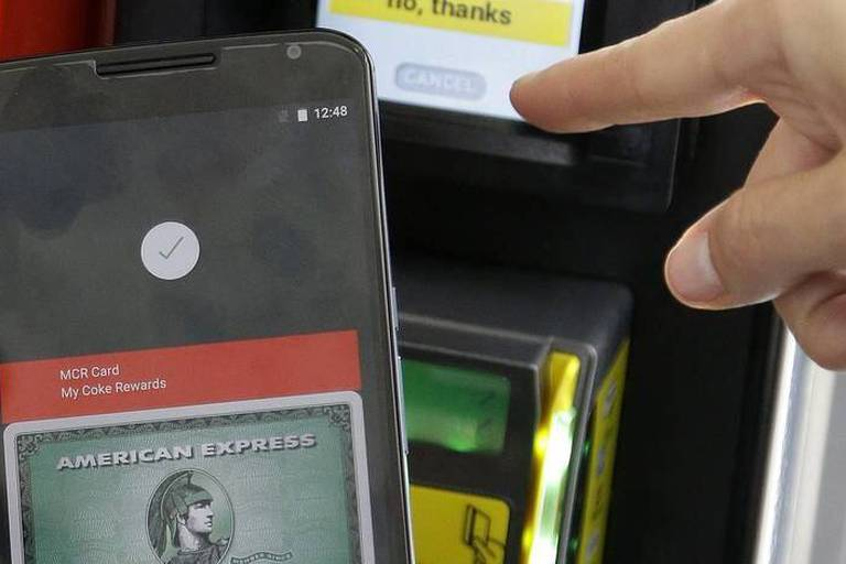 """Google dévoile """"Android Pay"""", pour concurrencer Apple"""