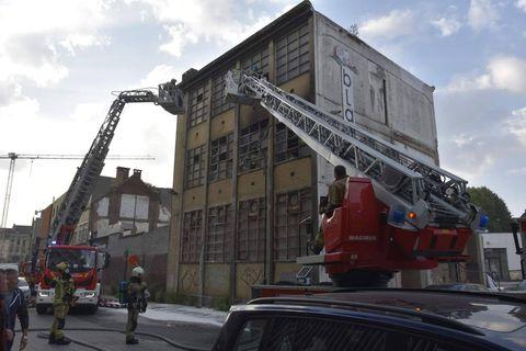 Anderlecht : Incendie dans un ancien bâtiment industriel squatté