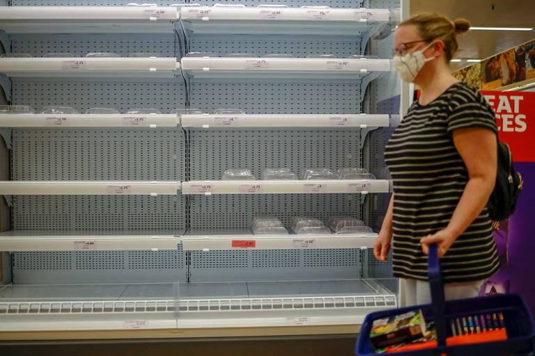 Les pénuries au Royaume-Uni ne s'arrangent pas: les Britanniques auront-ils de la dinde à Noël?