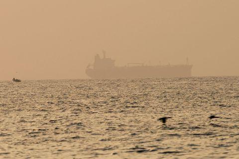 """Fin du """"potentiel détournement"""" d'un navire au large des Emirats arabes unis"""