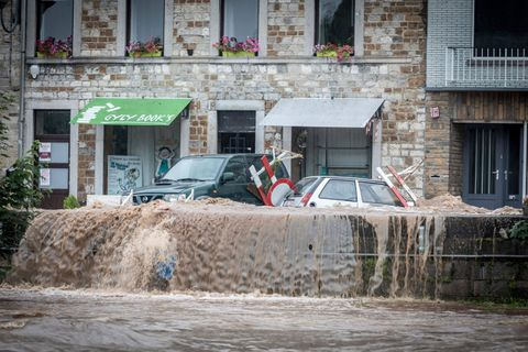 """""""Un caractère historique"""", """"du jamais-vu en cette saison"""": un météorologue fait le point sur les intempéries qui frappent la Belgique"""
