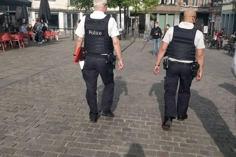 Deuxième jour de non-ducasse à Mons: une bonne ambiance et seulement trois arrestations administratives