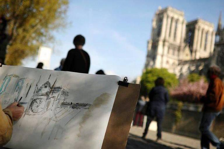 Notre-Dame appartient aux Parisiens, aux Français mais aussi au monde entier