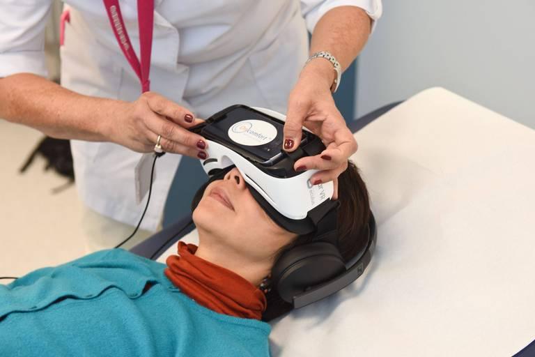 """La loi sur l'hypnose """"n'est plus adaptée"""" et devrait changer"""