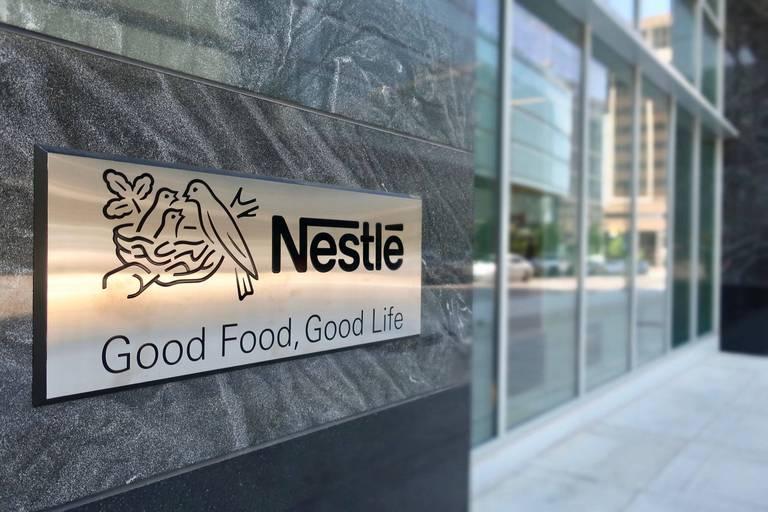 Nestlé acquiert les marques phares d'un célèbre fabricant de vitamines pour près de 6 milliards d'euros