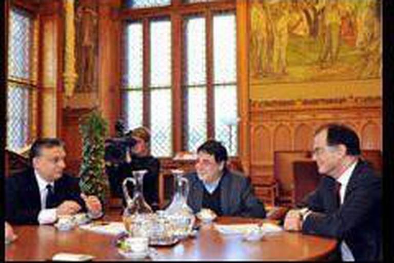 Lois controversées: la Hongrie prête au dialogue avec Bruxelles