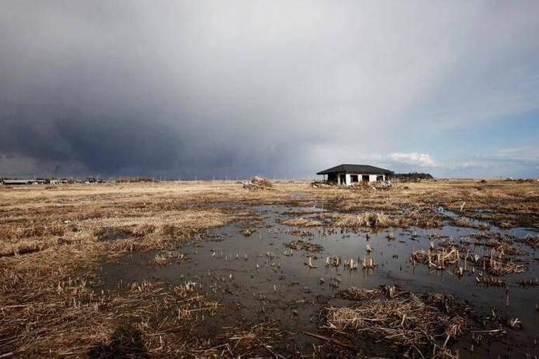 """Problème """"urgent"""" avec l'eau contaminée de Fukushima"""