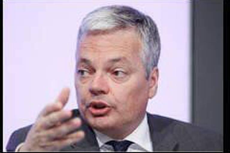 Annoncé mort par les Jeunes du cdH, Reynders exige des excuses