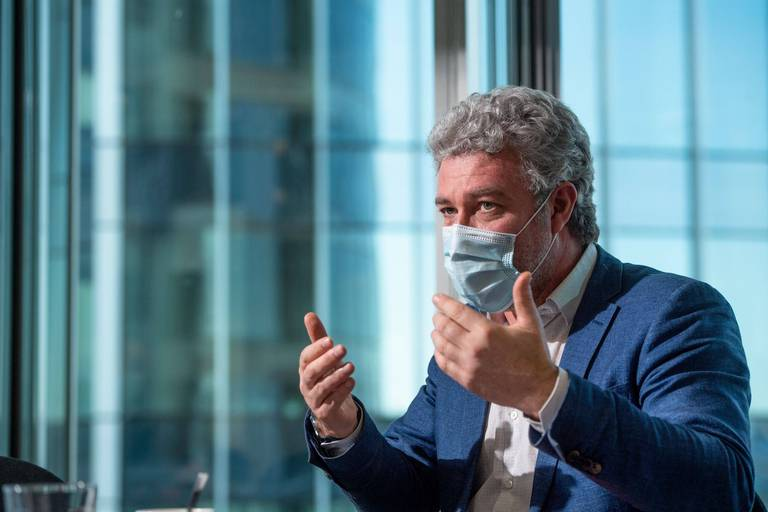 À peine ouvert, le centre de vaccination du Heysel déjà fermé ce mercredi: Alain Maron s'explique