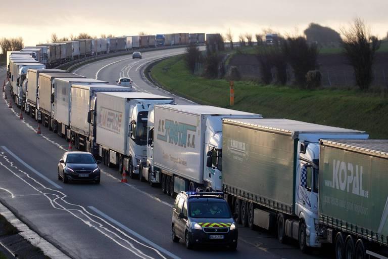 Le Royaume-Uni fait face à une pénurie inédite de chauffeurs routiers