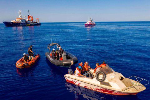 """Meurtres, disparitions, tortures, viols, travail forcé : Amnesty dénonce le """"terrifiant cycle de violences"""" que subissent des milliers de réfugiés en Libye"""