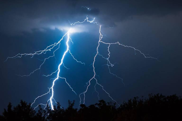 Des orages annoncés ce week-end: ce à quoi il faut s'attendre