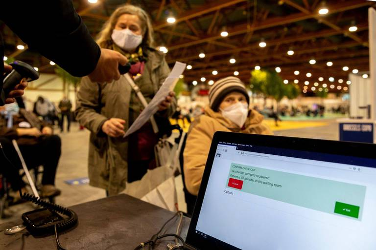 Vaccination: face aux couacs à répétition, Bruxelles veut lancer sa propre plateforme informatique pour la prise de rendez-vous