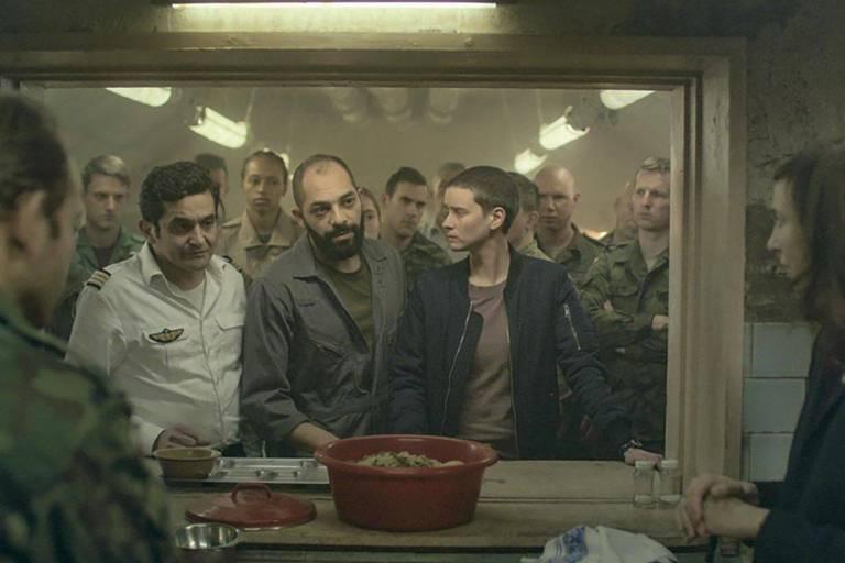 """""""Into the Night"""" est bientôt de retour : la saison 2 de la série belge organise la résistance et la survie"""