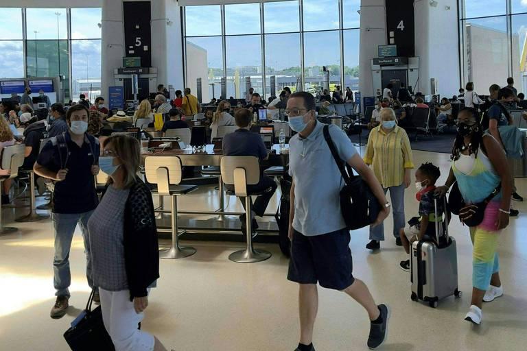 Les frontières des Etats-Unis restent fermées aux voyageurs internationaux, même vaccinés