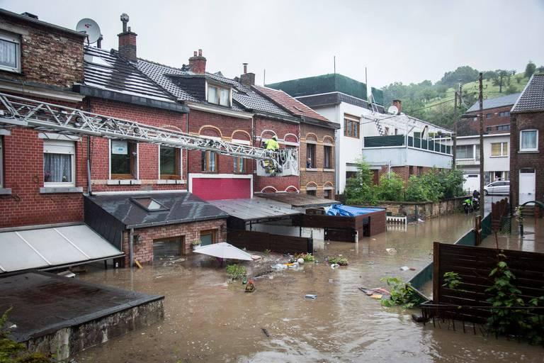 Conseil des ministres: 20 millions d'euros via les CPAS pour les victimes des inondations