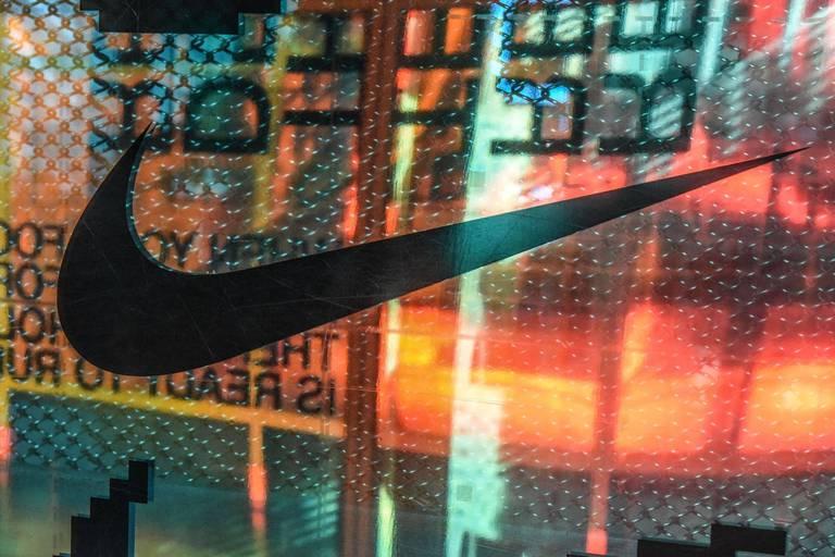 Entre fermeture d'usines et transports englués, Nike prévoit des pénuries