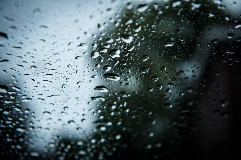 L'IRM met en garde contre de fortes averses orageuses, code orange sur certaines provinces
