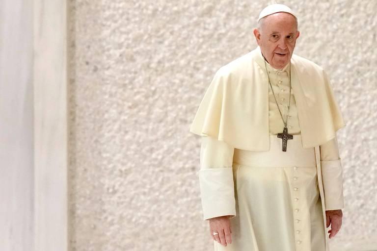 """Le pape, opéré il y a deux mois, n'a jamais pensé à démissionner: """"Cela ne m'a même pas traversé l'esprit"""""""