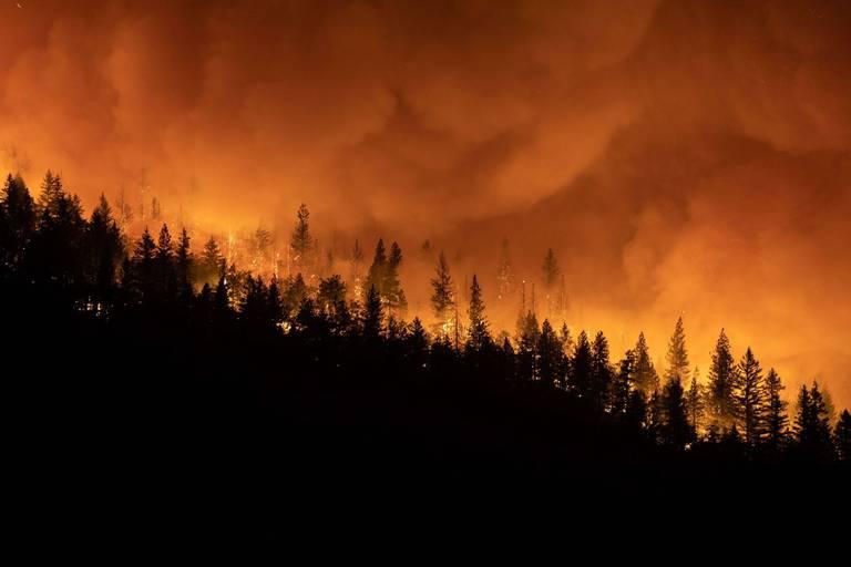 L'incendie Dixie Fire devient le 3e plus grand feu de l'histoire de la Californie