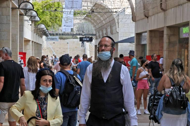 De nouvelles restrictions entrent en vigueur en Israël où une envolée des cas de contamination est enregistrée