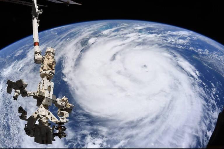 """Thomas Pesquet dévoile des images de l'ouragan Ida depuis l'espace : """"Vu d'ici, rien de réjouissant"""""""