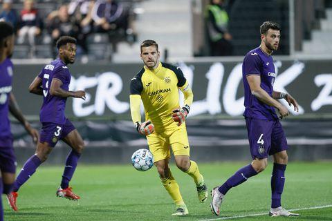 Un Anderlecht peu convaincant partage face à un bon à Eupen et signe un 1/6 (1-1)