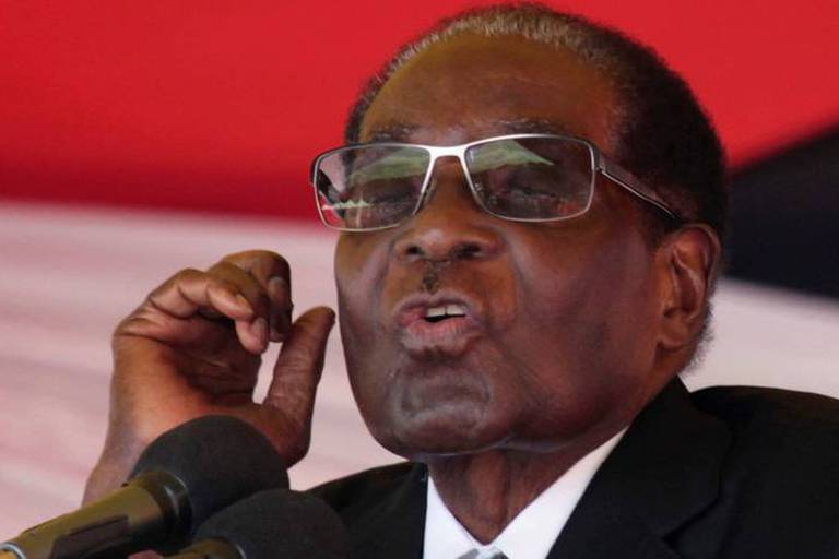 Zimbabwe: Mugabe refuse de démissionner lors de discussions avec l'armée