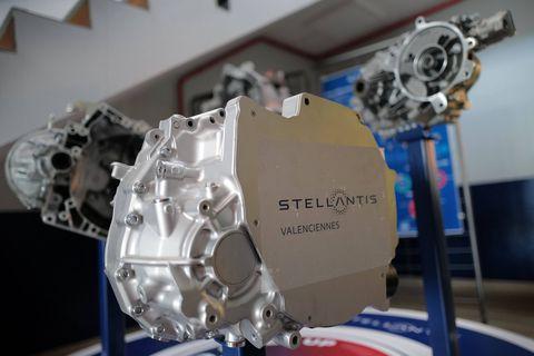 Pas encore à plein régime, Stellantis engrange un bénéfice net de presque 6 milliards d'euros