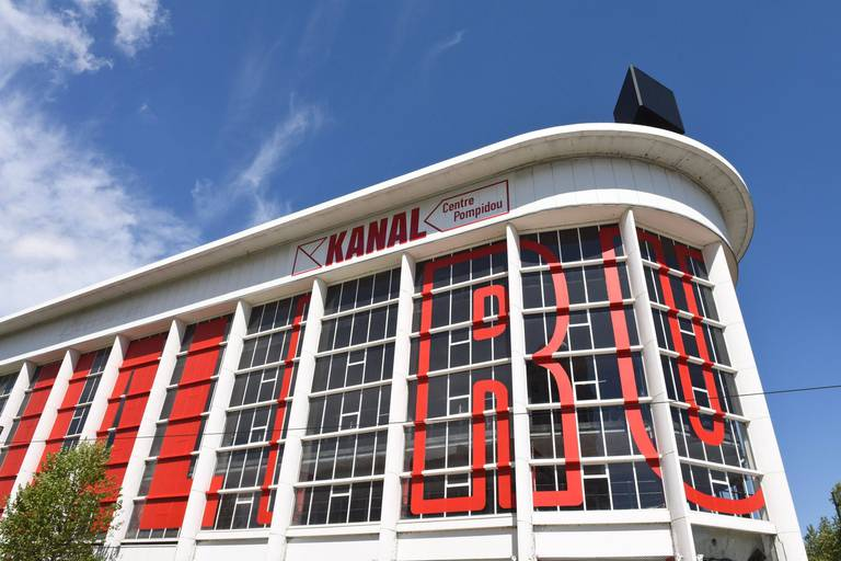 Face aux remous, Kanal fait un pas en arrière