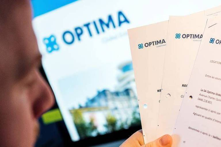 Illustration picture shows letters of Optima bank, Thursday 09 June 2016 in Brussels. BELGA PHOTO LAURIE DIEFFEMBACQ