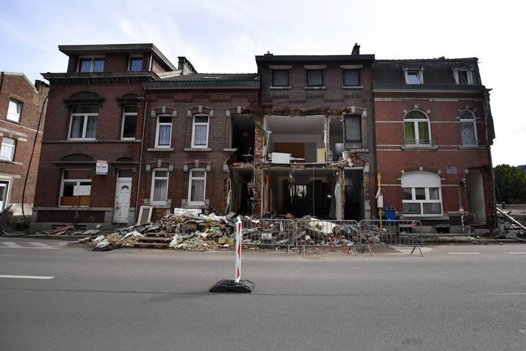La façade d'une maison s'effondre à Pepinster, près de sept semaines après les inondations