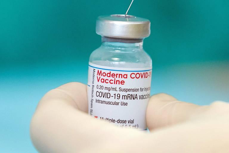 Le vaccin Moderna serait efficace aussi contre le variant Delta