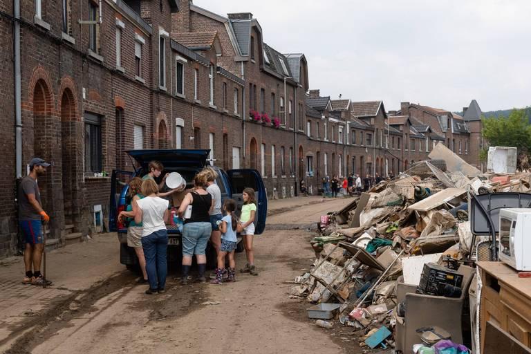 Près de 60.000 euros récoltés pour les sinistrés lors d'une vente aux enchères de BD
