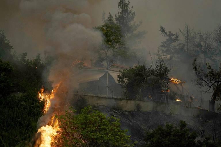 Face aux feux de forêt, la Macédoine du nord déclare l'état de crise