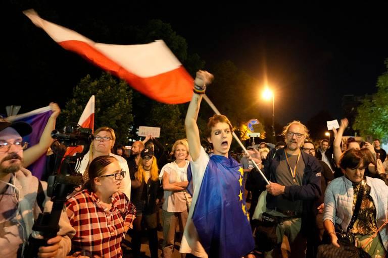 La loi polonaise sur les médias alarme l'Europe