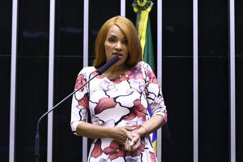 Brésil : le Parlement exclut une députée accusée de l'assassinat de son mari