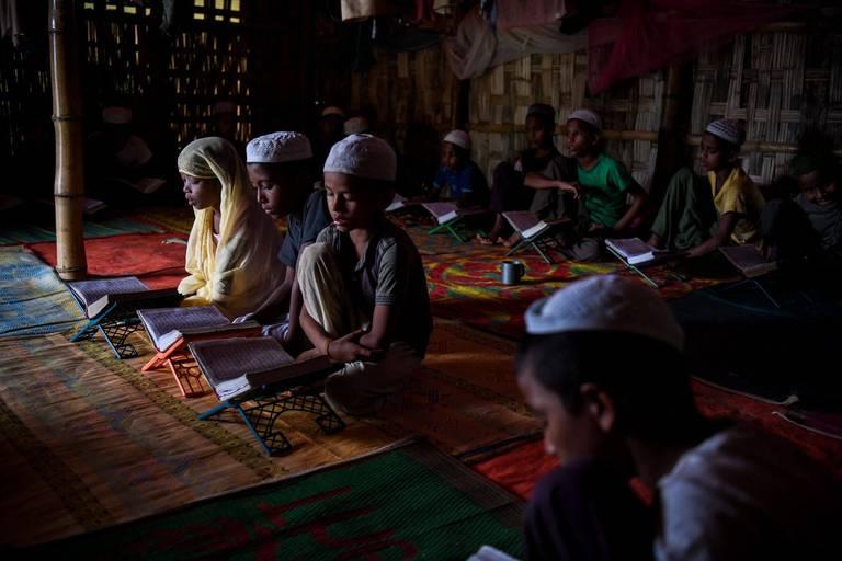 """Un garçon de 8 ans accusé de blasphème au Pakistan: """"Il ne comprend pas pourquoi il a été gardé en prison pendant une semaine"""""""