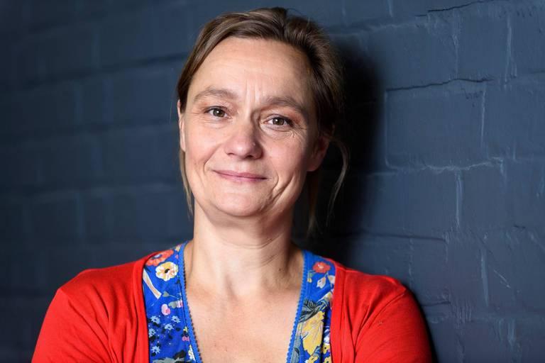 """Erika Vlieghe s'oppose aux propos d'un infectiologue flamand sur les assouplissements: """"Ce n'est pas la bonne solution"""""""