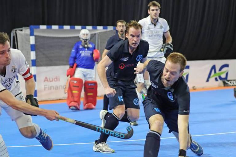 Hockey en salle : l'Amicale Anderlecht prend la tête