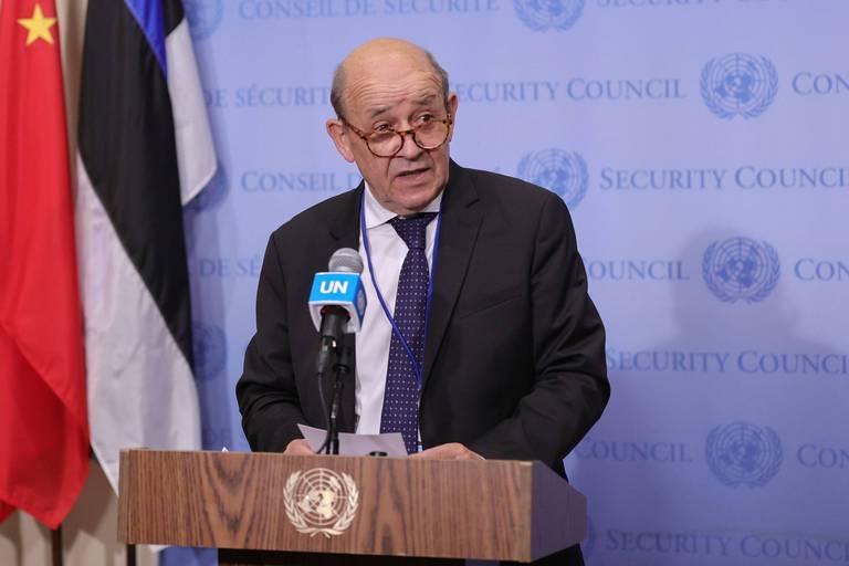 """Tunisie: Paris appelle à la """"nomination rapide"""" d'un Premier ministre"""
